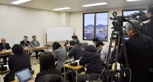 福知山花火大会事故被害者の会は、記者会見を開いた。会見前に主催者に要望書を提出。会見ではその内容や主催者対応、被害者の苦しみなどを明らかにした。
