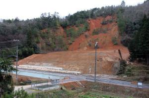 市道高津旭線の下八田―旭町間は18日に3カ月ぶりに通行止めが解除される