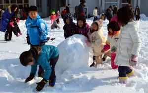 大雪で雪遊びに変更