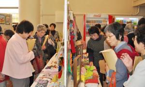 JA京都にのくに女性部の第19回通常総会(家の光大会)が18日、里町の府中丹文化会館で開催された。女性部員の高齢化が進む中で「JA女性 心ひとつに 今をつむぎ 次代へつなごう!」をテーマに結集力を高め更に積極的に活動することを誓い合った。