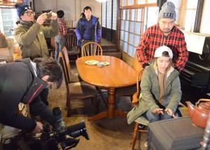 インバウンド拡大に向けた取り組みの一つとしてこのほど、日本側の招きに応じて台湾のテレビ局スタッフが日本を紹介する番組の撮影のために来日。帰国前、最後のひとときを綾部で過ごした。