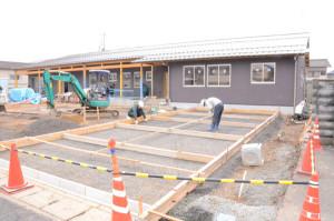 青野町の若草寮(母子生活支援施設)跡地に今春、新たな施設がオープンする。今、この施設で製造する商品やパッケージで使用するオリジナルロゴマークのデザインを広く募っている。