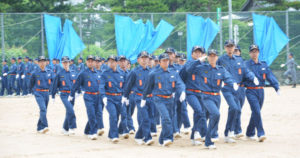 市消防団(白波瀬博之団長)は、今年度の団長点検を5日から始めた。