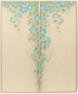 岡町出身で、市内でも月2回の日本画教室を開いている日本画家の高田嘉宏さん(48)=京都市左京区=の作品「朝顔」(100号)が今秋から、世界的に有名な大学の一つである英国・オックスフォード大学のセント・ヒュース・カレッジのメーンホールの玄関に飾られている。大学内でも人通りの多い所に展示されているとあって高田さんは、「たくさんの人に見てもらえるのでありがたい」と喜んでいる。