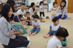 市内には今、「なかすじ児童センター」のほか、「宮代児童センター」(宮代町)、「物部児童館」(物部町)の3カ所の児童センター(児童館)がある。いずれも市の施設であり使用料は原則無料。開館時間は月曜から土曜までの午前9時半から午後5時半まで(正午~午後1時は昼休み)。開館中は自由に使用できるほか、それぞれ児童や保護者などを対象に独自の催しなども計画している。日曜と祝日のほか、年末年始、お盆の期間は休館。