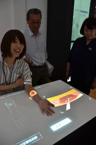 グンゼ博物苑 未来蔵をリニューアル